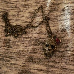 Skull Girl Necklace!!